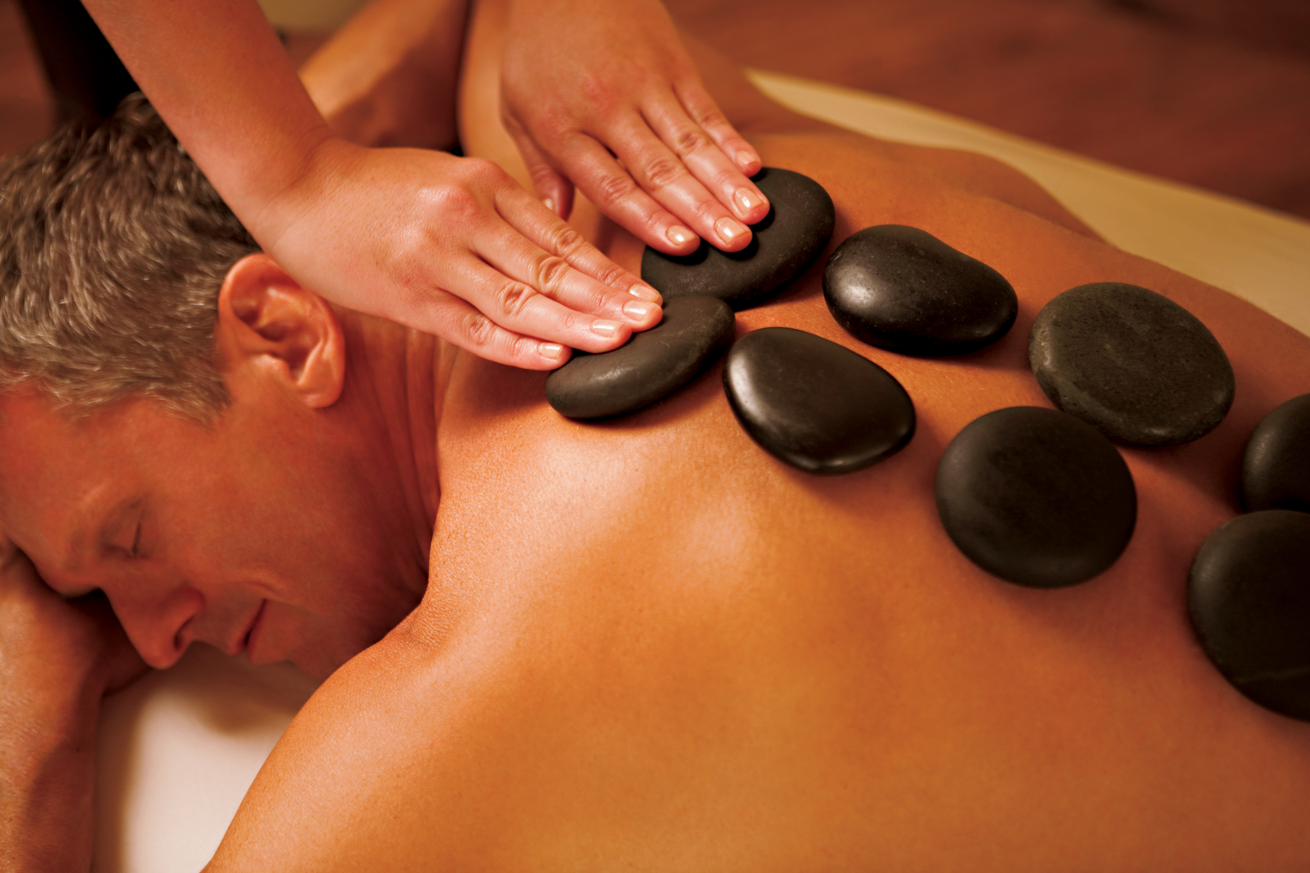 antropoti-concierge-service-croatia-massage-stones