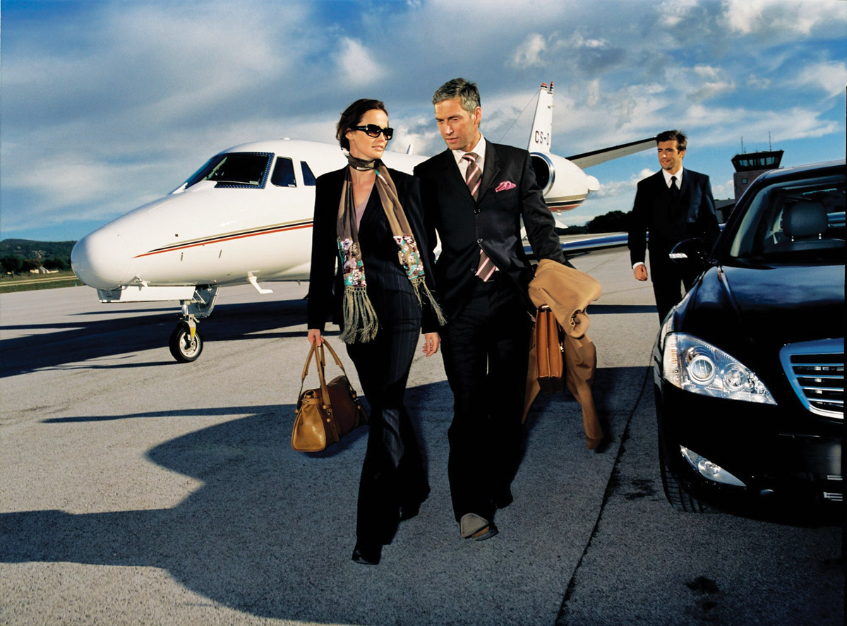 antropoti-concierge-service-private-jet-airport-luxury-limousine-transportation