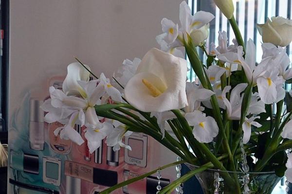 antropoti-vip-club-interior-design-event-catrice-promotion-flowers-design-decoration-florist-cvjetne-dekoracije-dizajn-interijera-600x400.jpg