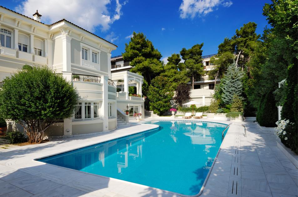 antropoti-concierge-service-real-estate-luxury-villa-with-swimming-pool